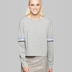 WILD FABLE Grey Cropped Long Sleeve Shirt | L